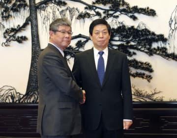 栗戦書全人代委員長、日本の衆議院代表団と会見