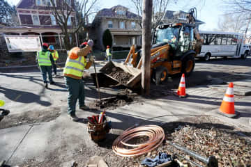 Trenton Water Works employees dig up and replace lead piping after a press event marking the start of the water system's lead service line replacement program in Trenton, January, 9, 2020  (Ed Murray | NJ Advance Media for       /)
