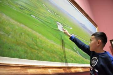 ロシアの美術家が描く内モンゴルの風景