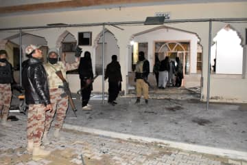 パキスタンのモスクで爆発、14人死亡、20人負傷