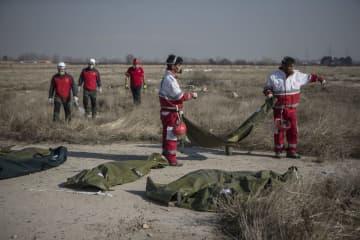 ウクライナ機「誤って撃墜」 イランが声明