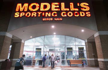 Modell's Sporting Goods will be the lead tenant in a new warehouse in Bordentown Township. (Michael Mancuso/)