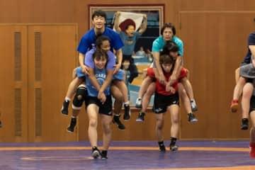 憧れの伊調馨倒し五輪連覇へ 代表争いの裏に川井梨紗子の決断