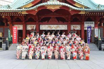"AKB48グループ[イベントレポート]42人が新成人。""令和出発世代""として48グループを盛り上げる!/(C)AKS"