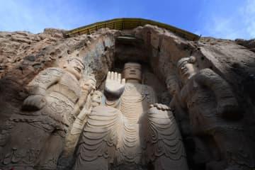 冬の天梯山石窟 甘粛省武威市