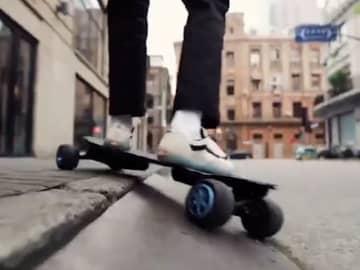段差も怖くない!乗り心地も考えた最新電動スケートボード「H20T」
