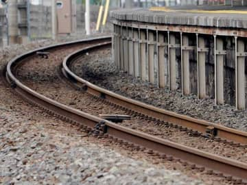 JR埼京線、武蔵野線が運転見合わせ 武蔵浦和駅で男性転落、自ら電話して救助される 最大1時間の遅れ