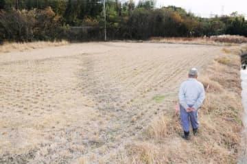 砂川改良復旧工事を巡り、所有者が不明となっている土地=岡山市東区浅越