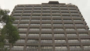 行方不明の男性教諭の懲戒免職処分を発表した兵庫県教育委員会(神戸市中央区)