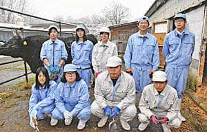 「和牛甲子園」に初出場する会津農林高畜産コースの生徒ら