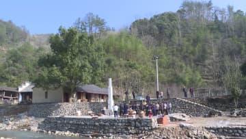 水車を利用して餅つき 伝統的製法で春節祝う 浙江省結渓村