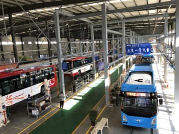 雲南省の自動車メーカー、水素燃料バス200台をラインオフ