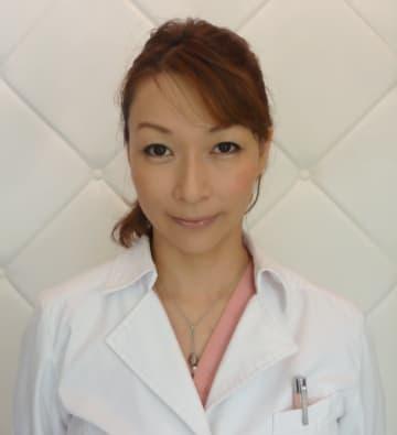 「蜂窩織炎」について説明する自由通り皮ふ科・松岡麻紀子院長