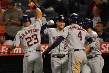 MLBから処分を受けたアストロズは米メディアからも非難を浴びている【写真:Getty Images】