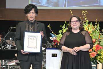 稲垣吾郎がディズニー・アーカイブスコンサートの案内人に「僕も歌っちゃうかも♪」