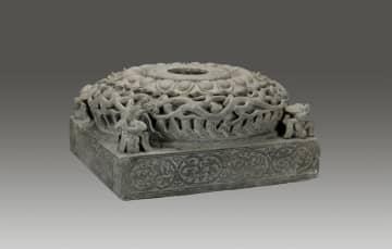 貴重な仏像がずらり 中国南北朝時代の仏教芸術を伝える展覧会開催 四川省