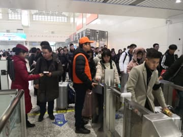 中国総人口は安定増加、都市化率は60・60% 国家統計局