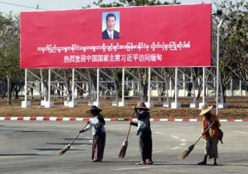 中国の習近平氏、ミャンマー訪問