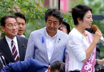 河井氏疑惑、政権に「打撃」 案里氏秘書を聴取