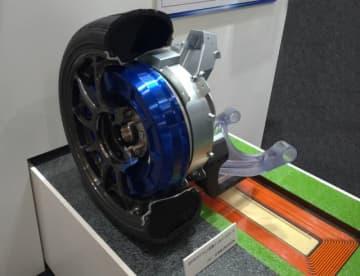 東京大学、ローム、ブリヂストン、日本精工、東洋電機製造らが共同で開発に成功した「ワイヤレスインホイールモーター」