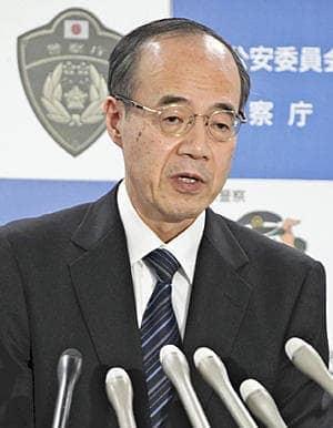 記者会見する警察庁の松本長官=17日、東京・霞が関の警察庁