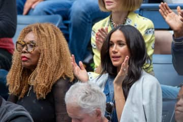 写真は2019年「全米オープン」でセレナの試合をセレナのお母さんと観戦しているメーガン妃