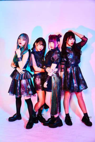 AiDOLOXXXY、「閃光Clarity」MV公開! デビューライブの模様を中心に疾走感溢れる映像に