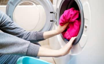 別にしなくてもいいの?赤ちゃんの洋服を分けて洗濯するのはいつまで?
