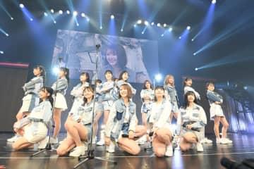 HKT48[ライブレポート]第二章の新選抜発表!センターは村重杏奈!?「どうしようかと思った」