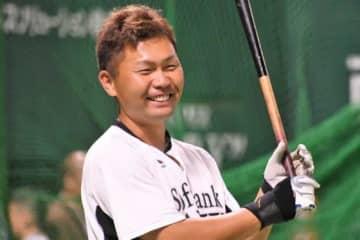 鷹・中村晃が「さすがすぎる」右打席披露 ファン「スイッチヒッター行けますよ!」