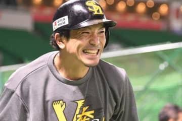 鷹・松田宣、極寒の亜大自主トレ集合写真にファン大喜び 「雪の中 あつお」