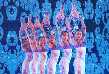 中国文化の魅力がいっぱい 「歓楽春節」ベラルーシで開催