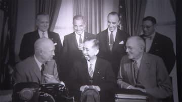 安倍首相「条約は不滅の柱」 日米安保条約改定から60年