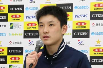 張本智和、悔しさにじむ準V 「また一からやるしかない」<全日本卓球2020>
