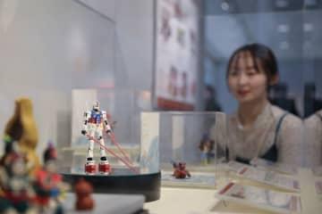 「ちいさな世界の物語 中国練り粉人形展」東京で開幕