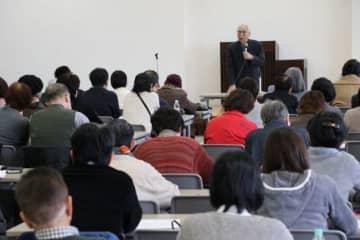 個性を認め合える社会の大切さを訴えた山本医師