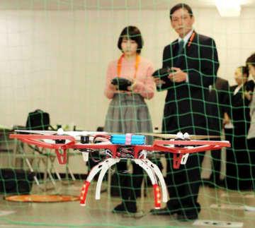 賀茂自動車学校が開くドローンスクールであったデモ飛行