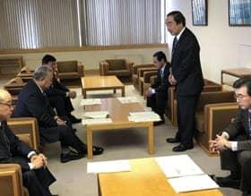 日高線「鵡川―様似」廃止の受け入れについて説明を受けた懇談会