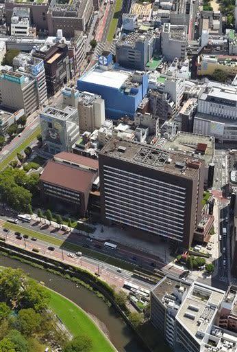 熊本市が移転新築を基本方針とする考えを示した市役所本庁舎=2019年9月(横井誠)