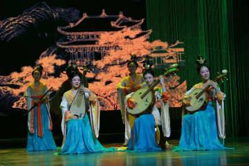 成都永陵のミュージカル上演 唐末五代の宮廷音楽と舞踊を再現