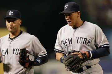 ヤンキースで同僚だったデレク・ジーター氏(左)とアレックス・ロドリゲス氏【写真:Getty Images】