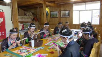 指先の無形文化遺産 広西チワン族自治区のトン族刺しゅう