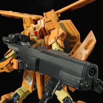 「MG 1/100 MSZ-006-3B ゼータガンダム3号機B型 グレイ・ゼータ」7,150円(税込)(C)創通・サンライズ