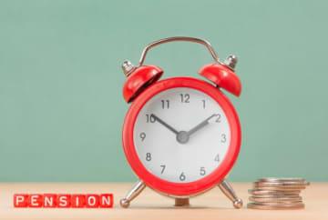 老齢基礎年金の加入期間が10年に満たない…。そんな時は、カラ期間がないかチェック!