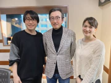 (左から)鈴村健一、小出伸一さん、ハードキャッスル エリザベス