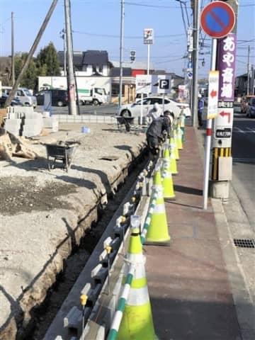 液状化の再発を防ぐため近見地区の一部で始まっている工事の現場=熊本市南区