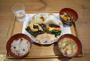 かつて千葉家で提供された正月料理の盛り合わせ