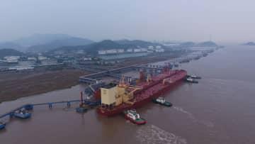 中国最大の企業専用埠頭、貨物取扱量が6億トンに 浙江省寧波舟山港