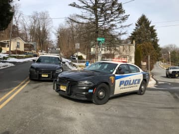 A school is on lockdown and police are conducting an investigation in a Bloomingdale neighborhood. (Allison Pries/)