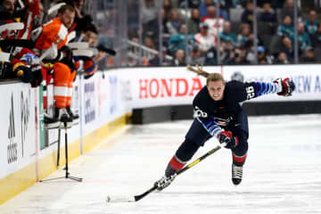 Kendall Coyne of the U.S. Women's National Team competes in the Bridgestone NHL Fastest Skater during the 2019 SAP NHL All-Star Skills at SAP Center on January 25, 2019 in San Jose, California. - Ezra Shaw/Getty Images North America/TNS